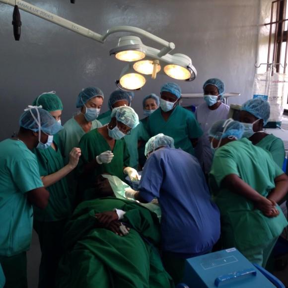 Quirófanos nuevos en Tanzania